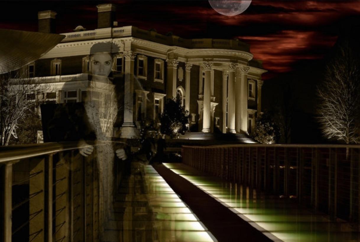 Savannah Haunted Lady